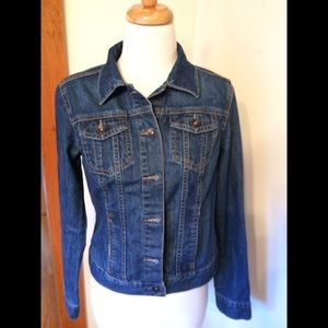 Classic styled denim jacket (like new condition)